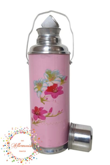 Roze fles met bloemen