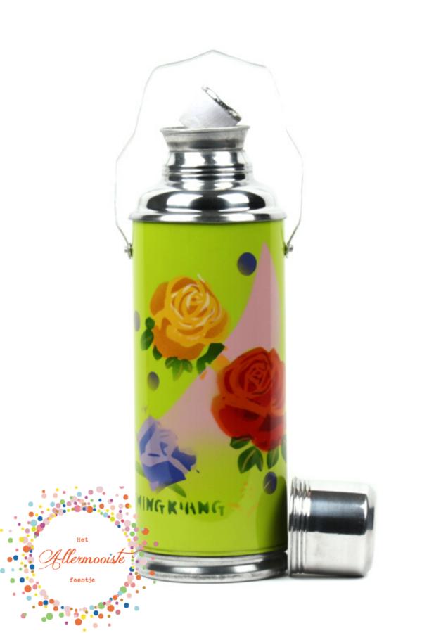 Groene fles met rozen